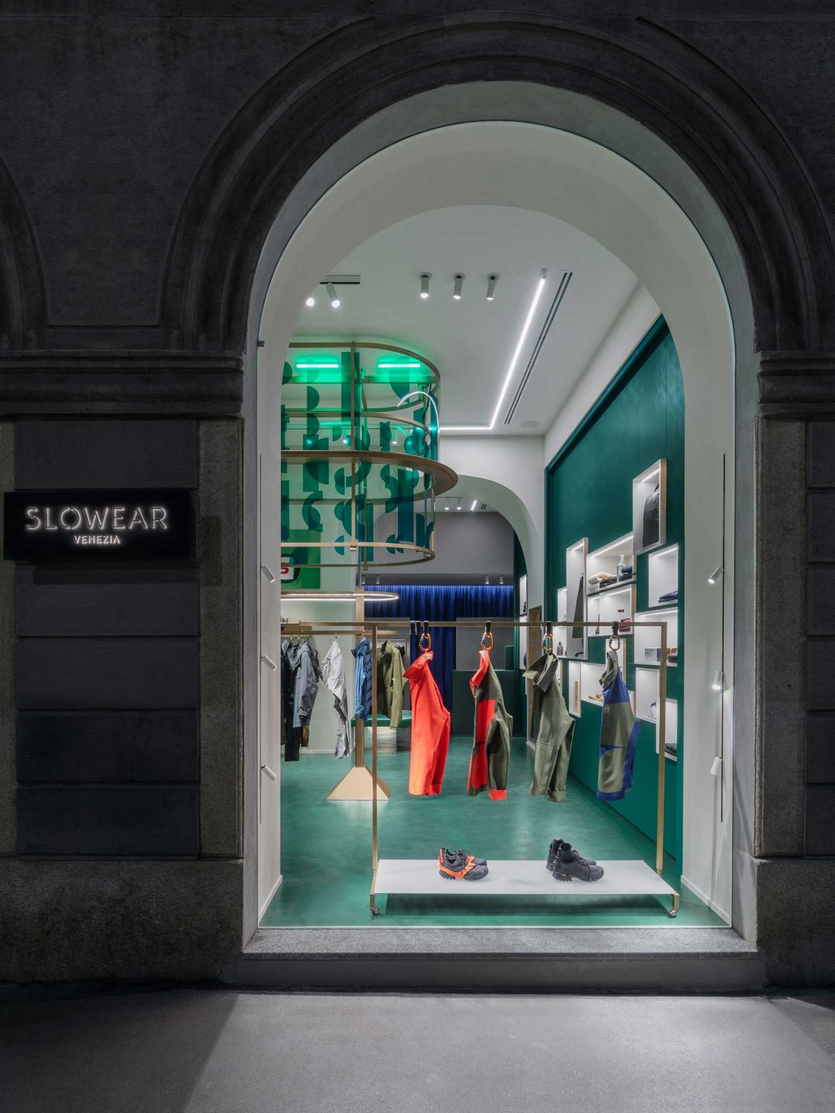 Slowear18 Milan Concept Store Desigend By Visual Display
