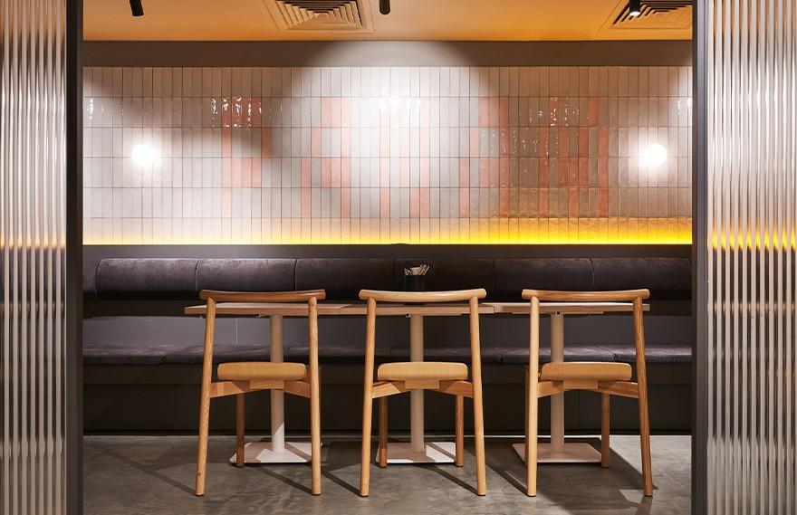 Modgi Group   Panam Pan Restaurant , 经典与明亮细节的结合