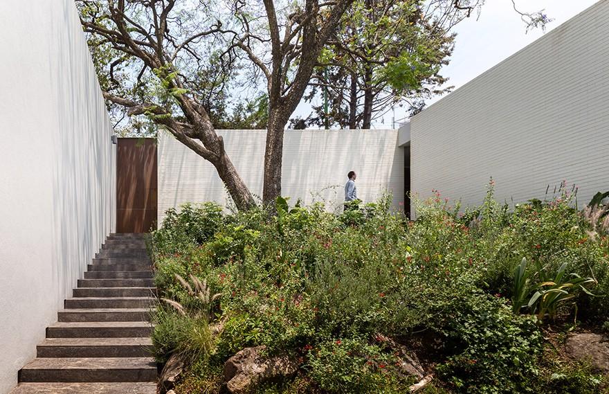 Manuel Cervantes Estudio   Housing in Amatepec
