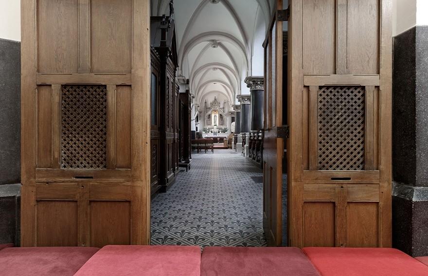 PRTZN | Sacral Spaces , 教堂里面的神圣乐园